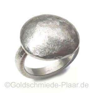 Ring aus Fein-Silber