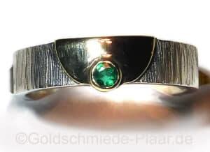 Silber-Ring mit Smaragd und Gold 585