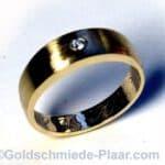 Bandring Gold mit Brillant aus Altgold