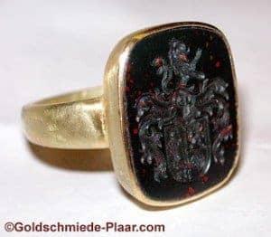 Siegelring aus Gold, Glyptik