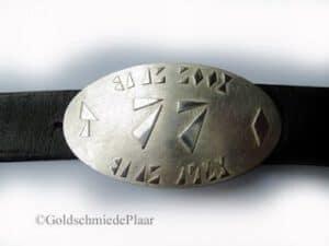 Gürtelschnalle mit Initialen - Silber