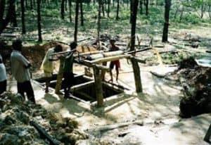 Edelsteinmine in Sri Lanka