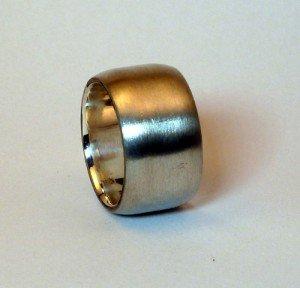 Breiter Ring mattiert
