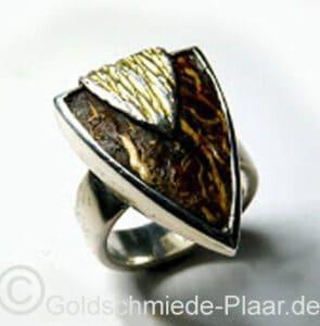 Ring aus Silber mit Kokosnuss