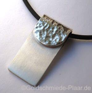 Anhänger Silber mit Hammerschlag