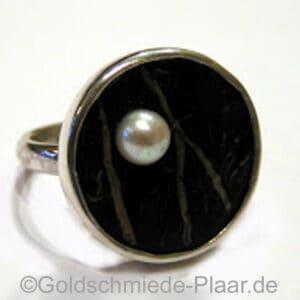 Ring aus Silber mit Kokosnuss und Perle